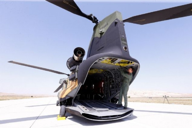 Türk Silahlı Kuvvetlerine yeni katılan CH-47F yük helikopteri hakkında her şey - Page 3