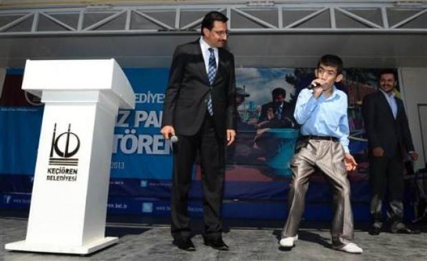 Türkiyenin ilk engelli parkı açıldı - Page 3