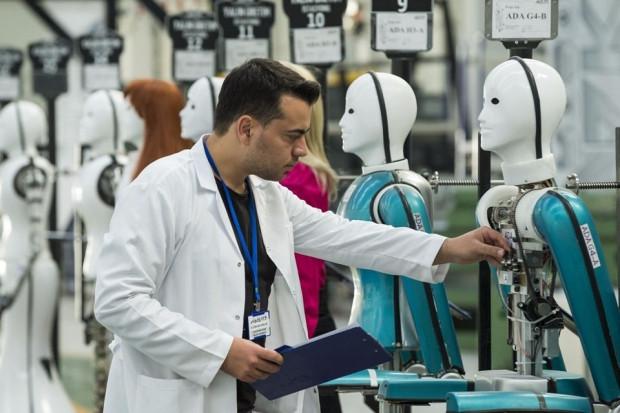 Türkiye'nin ilk robot fabrikası açıldı - Page 3