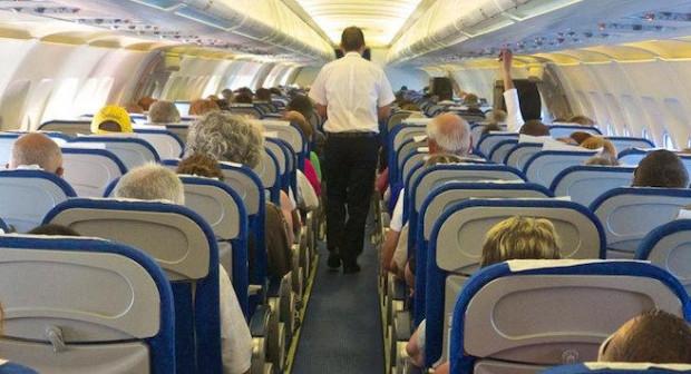 Uçaklarda dokunulmaması gereken 13 obje - Page 1
