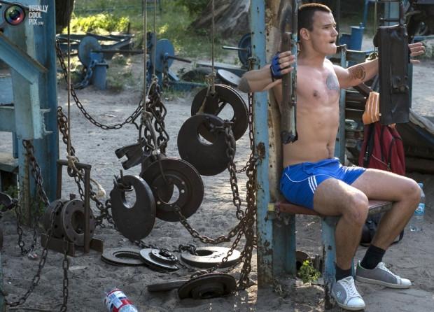 Ukrayna'da şaşırtan spor salonu - Page 3