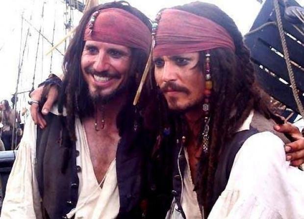 Ünlü aktörlerin ikiz dublörleri - Page 4