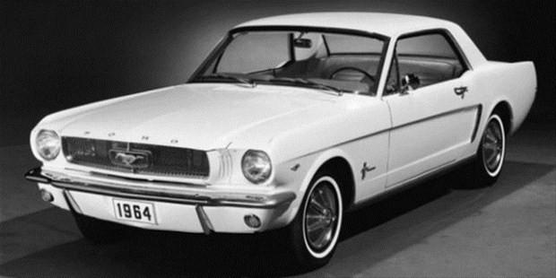 Ünlü araba modellerin ilk ve son halleri - Page 2