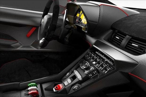 Üstü açık Veneno Roadster'dan 9 adet üretildi - Page 2