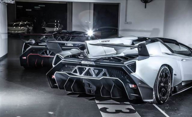 Üstü açık Veneno Roadster'dan 9 adet üretildi - Page 4