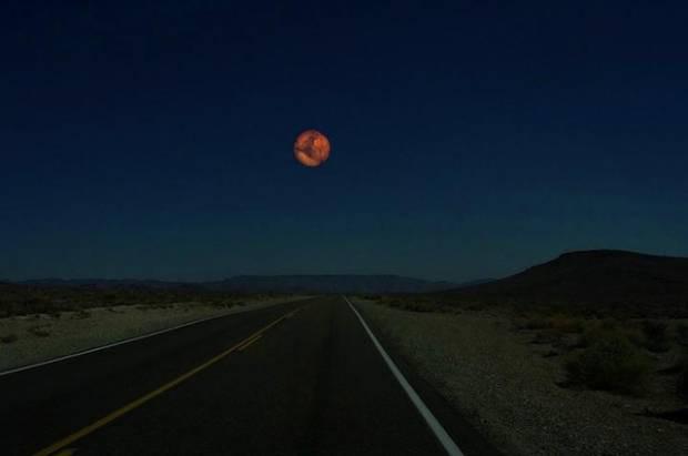 Uydumuz Ay'ın yerine başka gezegenler olsaydı! - Page 2