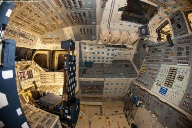 Uzay mekiğine içeriden bakın - Page 2