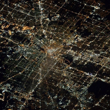 Uzayda bir yılı deviren Scott Kelly'nin objektifinden gezegenimiz - Page 1