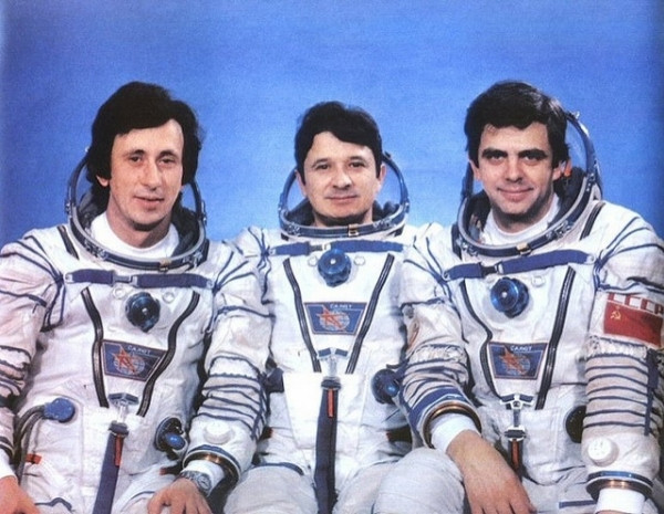 Uzay'da en uzun süre yaşamış insanlar - Page 1