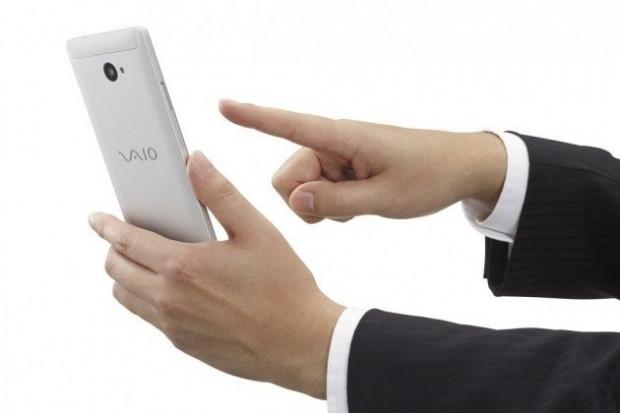 VAIO'dan Windows 10 tabanlı akıllı telefon:VAIO Phone - Page 1