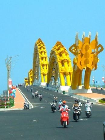 Vietnam'da şaşırtan köprü tasarımı! - Page 4