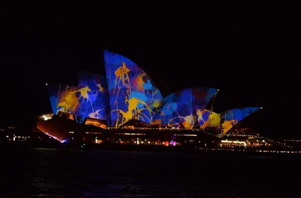 Vivid Sydney Festivali renkli görüntüler - Page 1