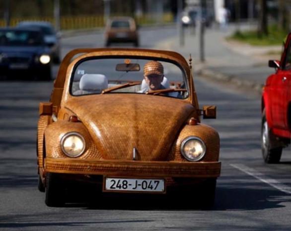 Volkswagen Beetle'a ahşap makyaj yapıldı! - Page 3