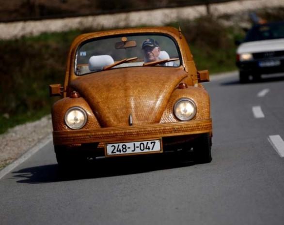 Volkswagen Beetle'a ahşap makyaj yapıldı! - Page 4
