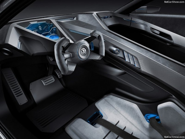 Volkswagen Golf GTE Sport konsept - Page 4