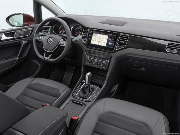 Volkswagen Golf Sportsvan 2018 - Page 3