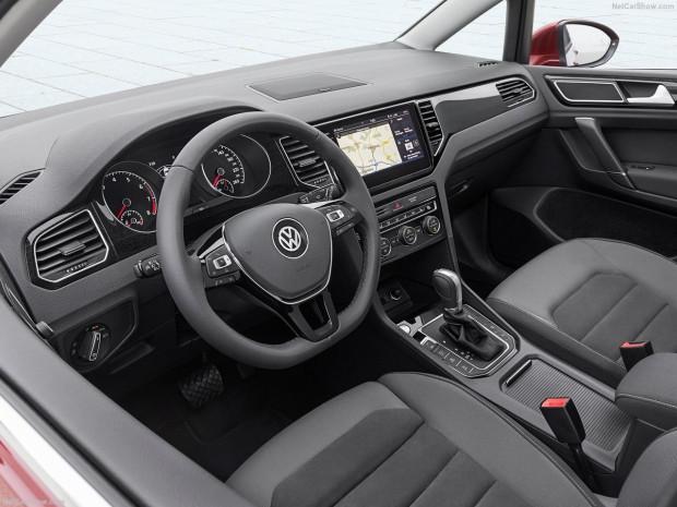 Volkswagen Golf Sportsvan 2018 - Page 4