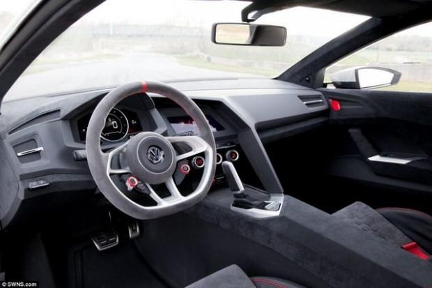 Volkswagen'in çılgın aracı Golf! - Page 1