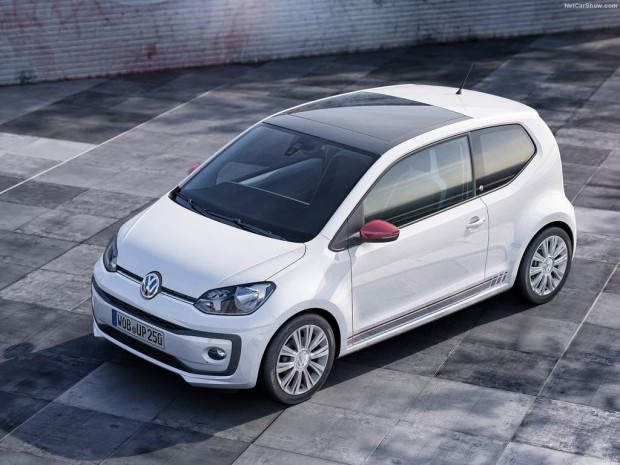 Volkswagen'in makyajla güncellediği küçük şehir otomobili Up - Page 1
