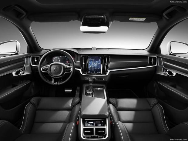 Volvo S90 R-Design - Page 1