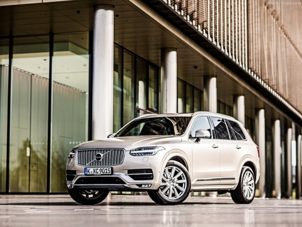 Volvo XC90 2016 - Page 2