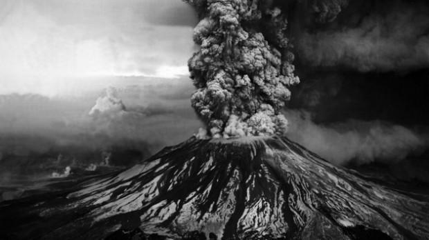 Yakından çekilmiş muhteşem volkanik patlamalar! - Page 2