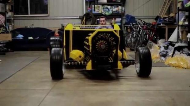 Yaklaşık 500 bin Lego parçasından otomobil yapıldı! - Page 2