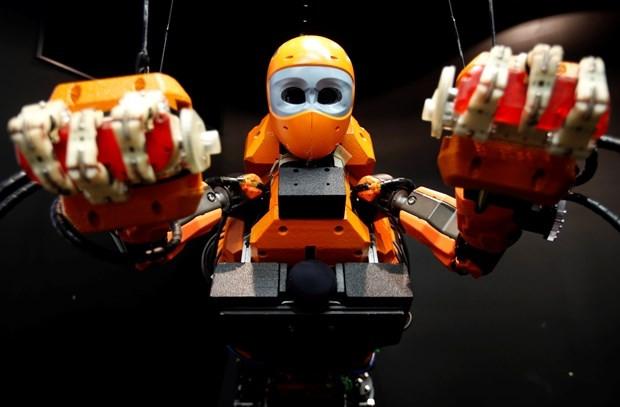 Yapay zekalı dalgıç robot Ocean One - Page 1