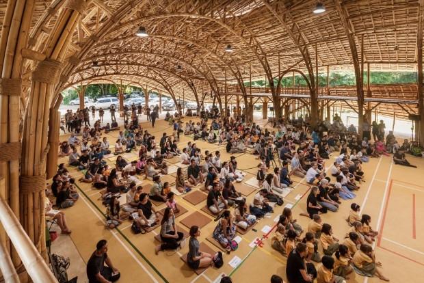Yapı malzemesi sadece Bambu olan ilginç spor salonu! - Page 1