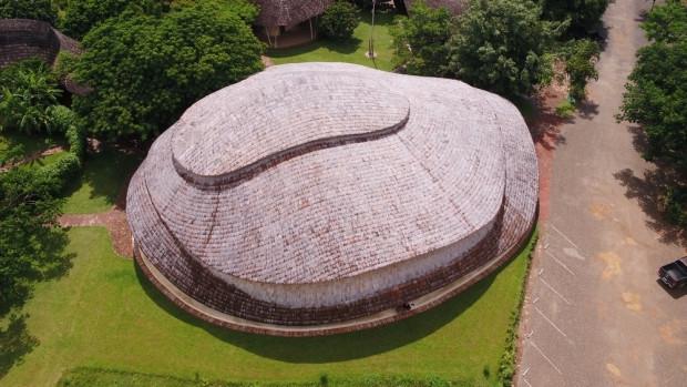 Yapı malzemesi sadece Bambu olan ilginç spor salonu! - Page 3