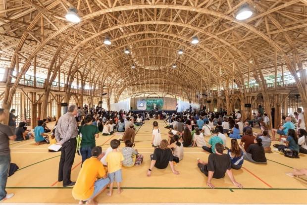Yapı malzemesi sadece Bambu olan ilginç spor salonu! - Page 4