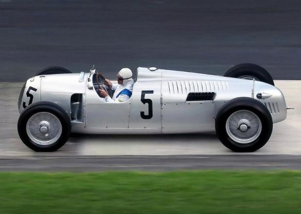 Yarış pistlerinin kralı Porsche hakkında 25 özel bilgi - Page 2