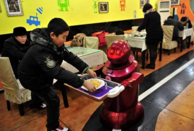 Yemek yapan robot! - Page 2