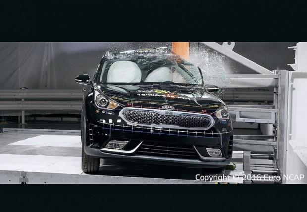 Yeni Araç Değerlendirme Programı Euro NCAP sonuçları açıkladı - Page 4