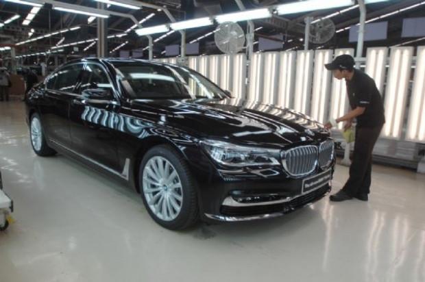 Yeni BMW 7 serisi böyle üretiliyor - Page 4