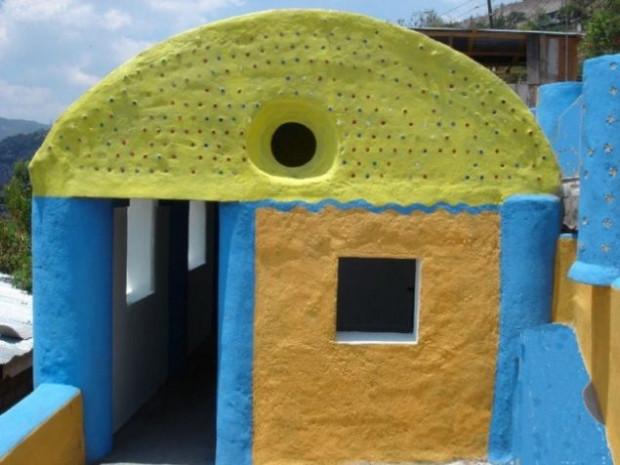 Yeni duvar malzemesi cam ve plastik şişeler - Page 2