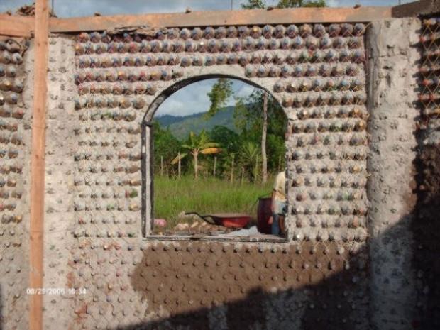 Yeni duvar malzemesi cam ve plastik şişeler - Page 3