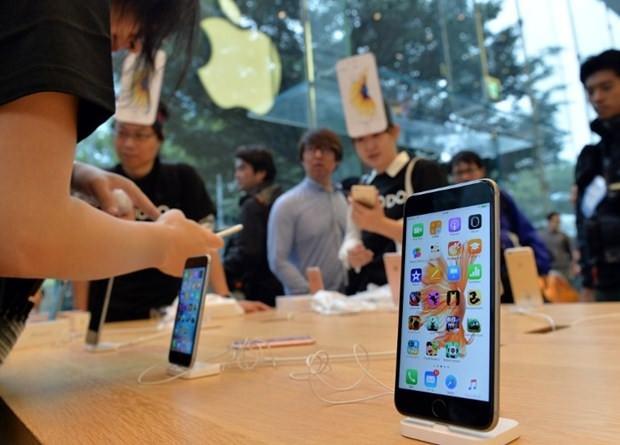 Yeni iPhone modellerinin ekranları dokunmatik olmayabilir - Page 3