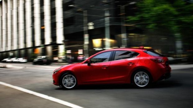 Yeni Mazda3 Hatchback büyüledi - Page 4