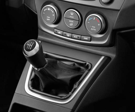 Yeni Mazda5, tasarım ve özellikleri! - Page 2