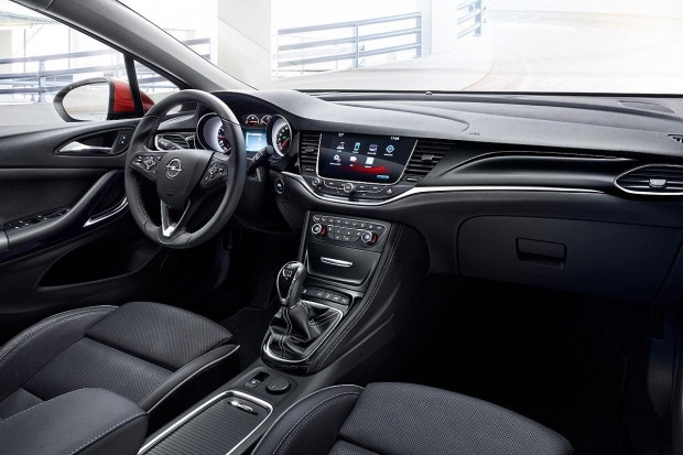 Yeni Opel Astra Sports Tourer - Page 2