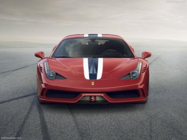 Yepyeni Ferrari 458 Speciale - Page 2