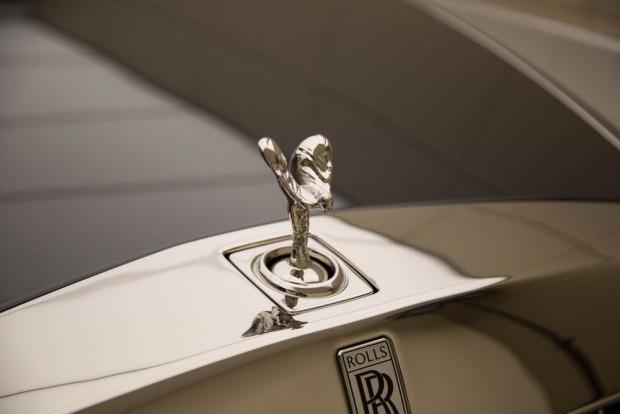 Yepyeni Rolls-Royce Fantom VIII - Page 3
