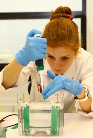 Yerli ilaç için dev laboratuvar  İBG-İzmir - Page 2