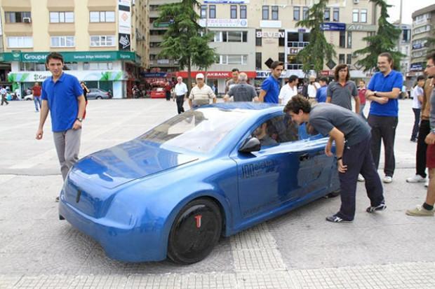 Yerli tasarım elektrikli otomobil T-1, Samsun'da tanıtıldı - Page 1