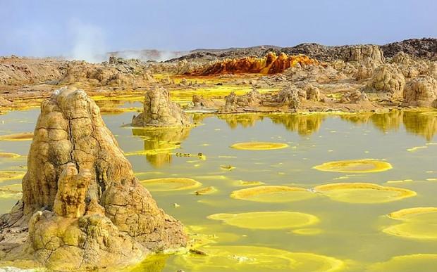 Yeryüzündeki Cehennem: 13 Çarpıcı Fotoğrafla Etiyopya'daki Danakil Çöküntüsü - Page 1