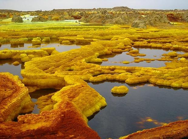Yeryüzündeki Cehennem: 13 Çarpıcı Fotoğrafla Etiyopya'daki Danakil Çöküntüsü - Page 4