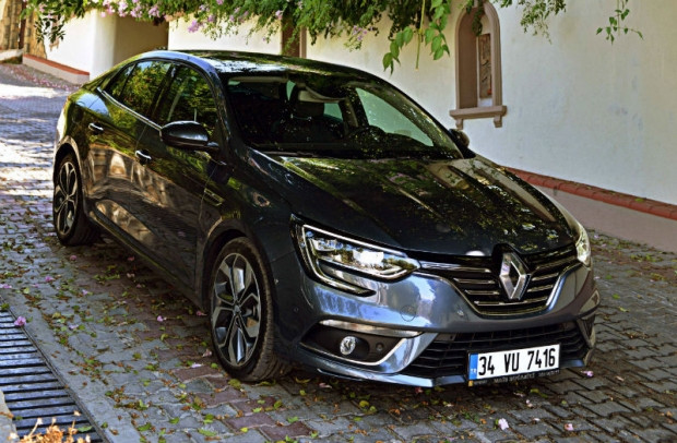 Yılın otomobili Renault Megane Sedan 2017 - Page 4