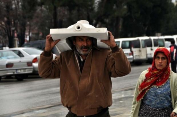 Yurdum insanının yağmurla imtihanı tık rekoru kırıyor! - Page 1