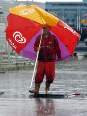 Yurdum insanının yağmurla imtihanı tık rekoru kırıyor! - Page 3